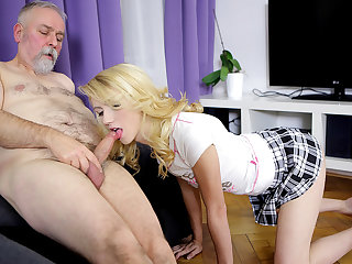 Sexy Helena makes it worthwhile for OldGoesYoung fan - OldGoesYoung