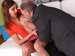 A sexy girl gets fucked hard and her pussy eaten by erotic older lover when her boyfriend comes - OldGoesYoung